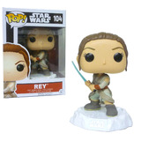 Funko POP! Star Wars #104 Rey (Battle Pose - White Base) - New, Mint Condition Vaulted
